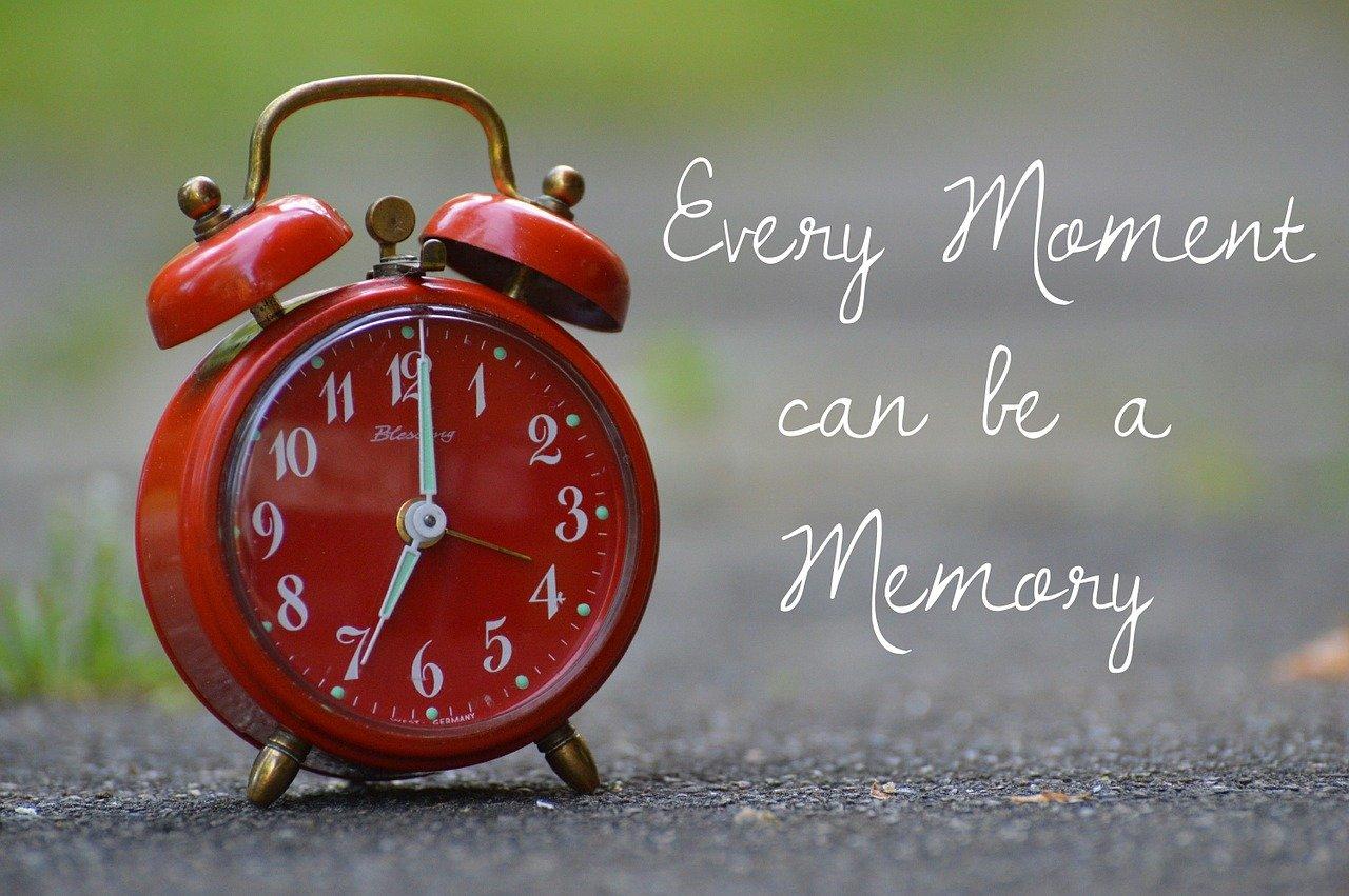 आनेवाला पल, जानेवाला है… Make Every Moment A Memory #BollyExpress
